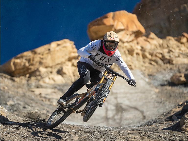 Shimano e Trek apresentam Return to Earth 3